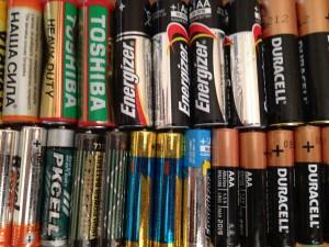 Эти батарейки уже сданы на утилизацию и никакой опасности для природы не представляют