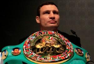 Чемпион мира по боксу - теперь еще и киевский голова!