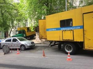 Ремонтные бригады ул. Тарасовскую практически не покидают