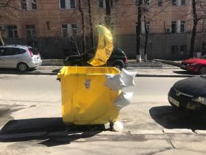 Где ты гуляешь, наш мусорный контейнер?