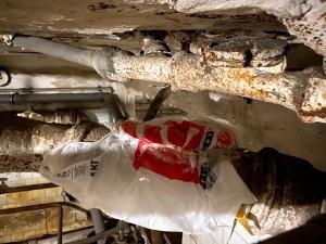 """Текущее """"состояние"""" нашей канализации в подвале дома"""